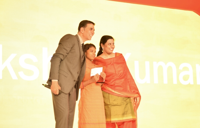 akshay kumar awards geetanjli